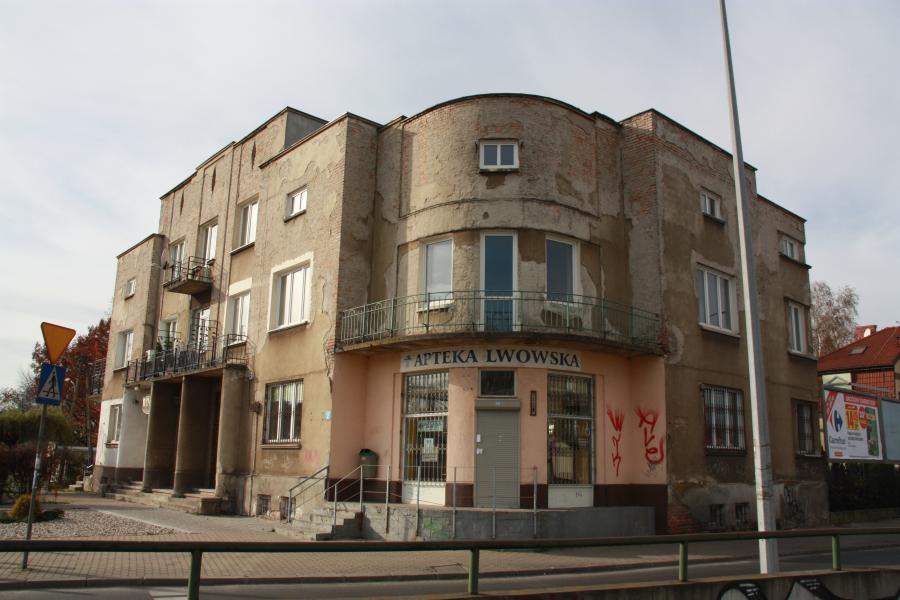 Willa Jasny Dom w warszawskich Włochach, przy ulicy Świerszcza 2