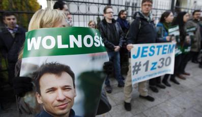 Protest w sprawie Tomasza Dziemiańczuka przed konsulatem rosyjskim w Gdańsku
