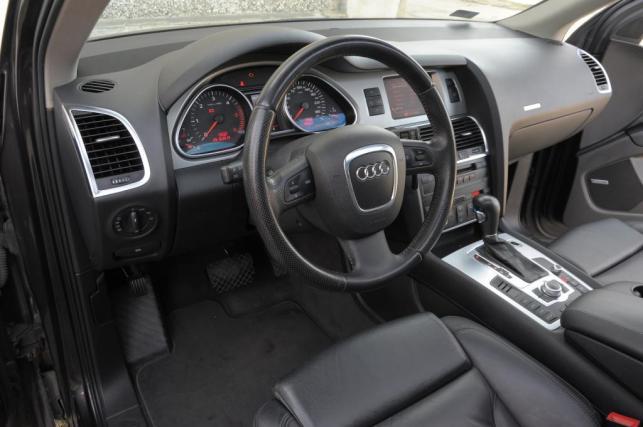 Doda sprzedaje Audi Q7