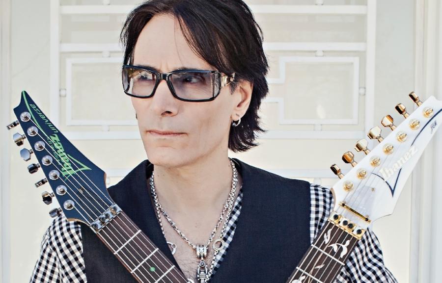 Wirtuoz gitary Steve Vai zagra w Warszawie