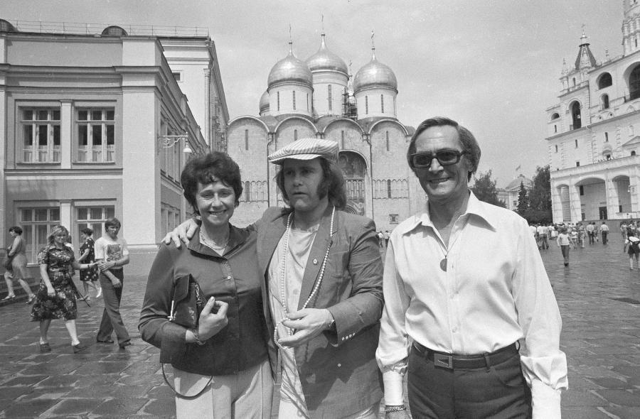Elton John z mamą Sheilą Farebrother