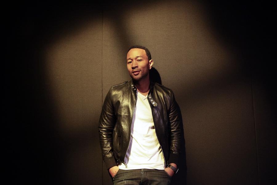 John Legend John Legend prezentuje \