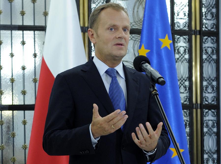 Tusk: Żołnierze czekali za długo na pomoc