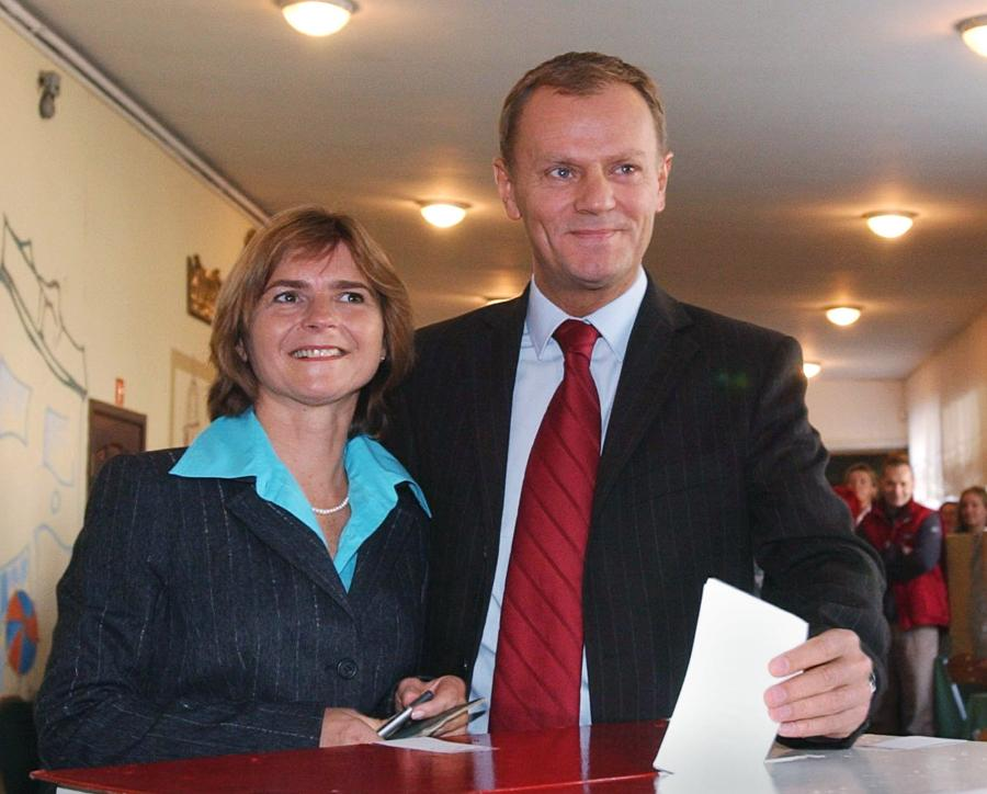 W wyborach parlamentarnych w 2011 roku wygranych przez PO, uzyskał mandat poselski, zdobywając blisko 380 tysięcy głosów.