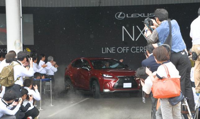 Lexus NX jest pierwszym modelem marki w segmencie kompaktowych SUV-ów