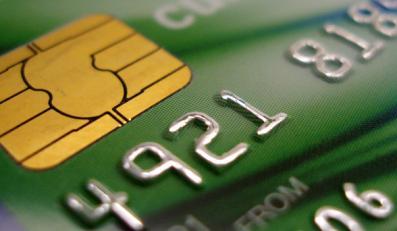Porównaj karty kredytowe sieci handlowych