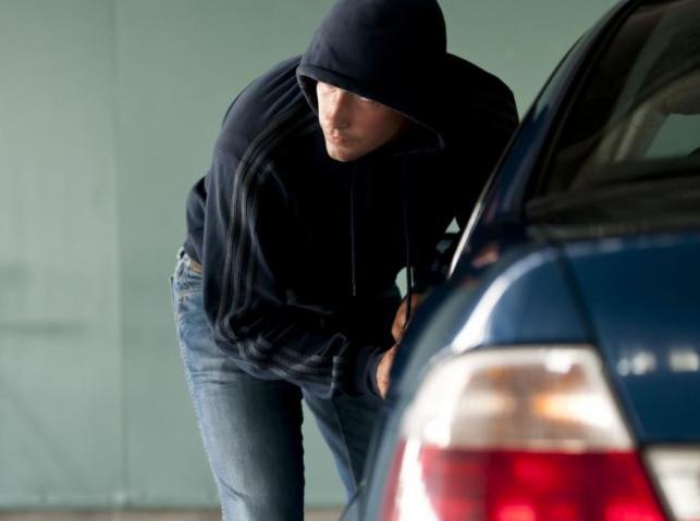 Jak złodzieje kradną samochody w Polsce?