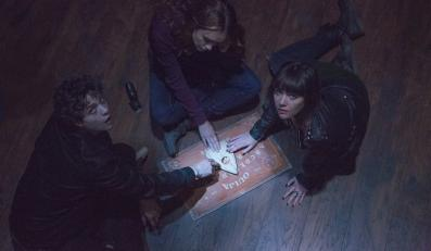 """""""Diabelska plansza Ouija"""" najchętniej oglądanym filmem w Ameryce"""