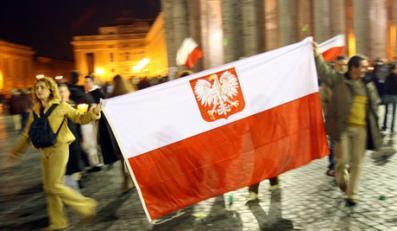 Dla młodych Polska niewiele znaczy