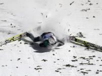 Turniej Czterech Skoczni: Groźny upadek Simona Ammanna. ZDJĘCIA