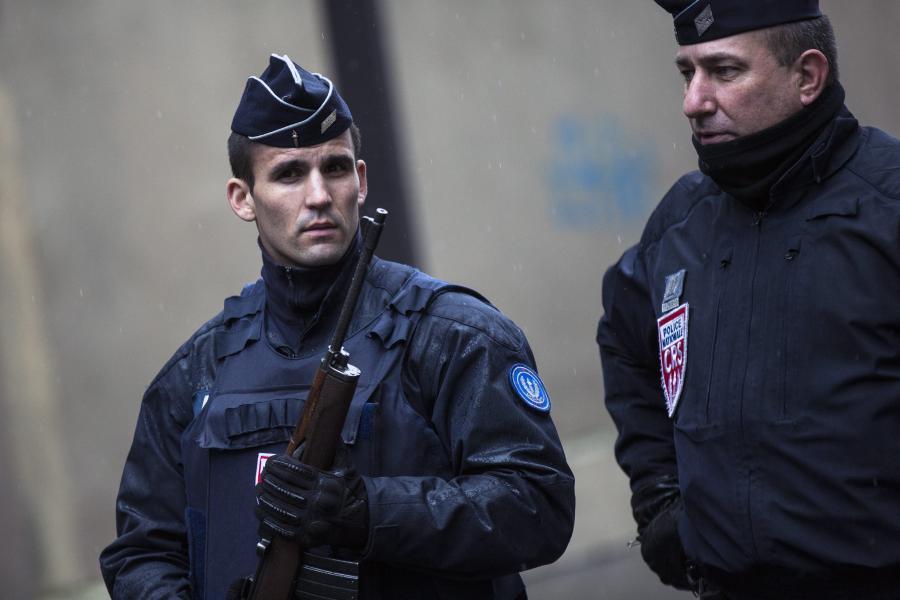Patrol francuskich policjantów