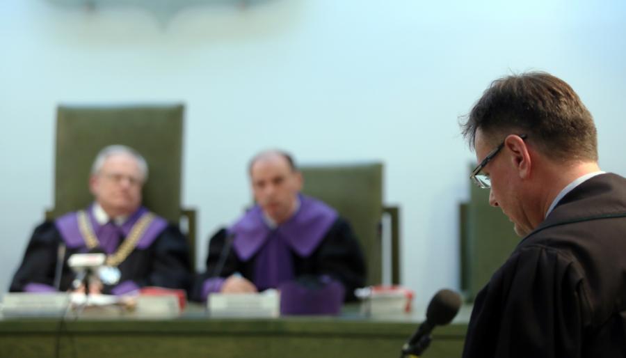Mecenas Piotr Kardas podczas rozpatrywania kasacji obrony biznesmena i lobbysty Marka Dochnala