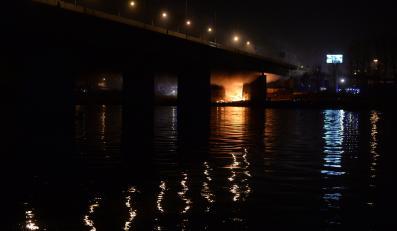 Pożar Mostu Łazienkowskiego w Warszawie