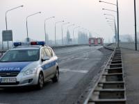 Most Łazienkowski ugaszony, ale do użytkowania się nie nadaje. ZOBACZ ZDJĘCIA