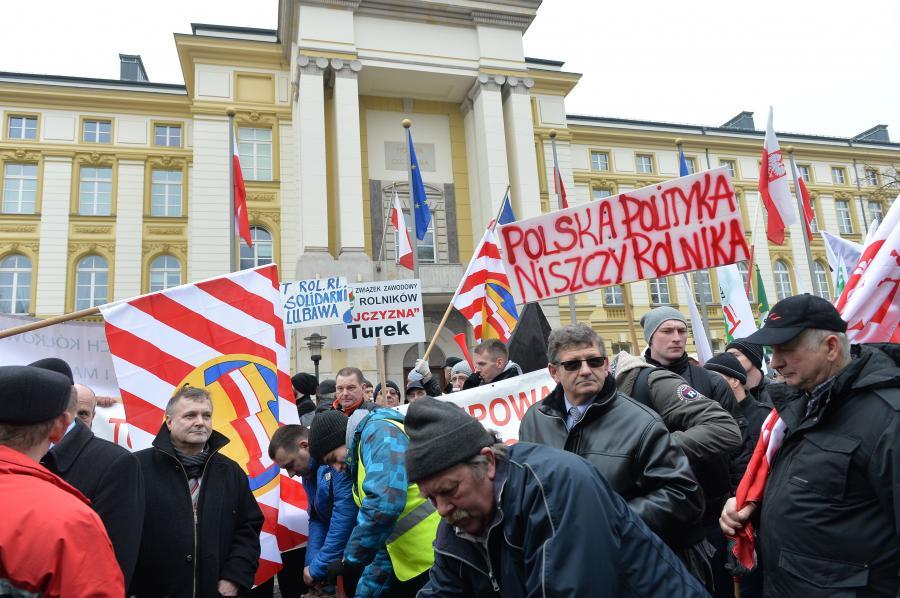 Manifestacja przed KPRM