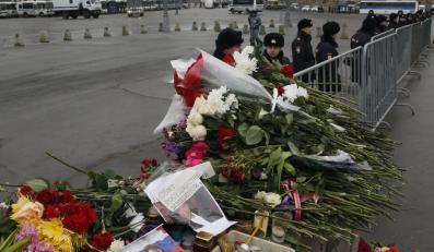 Rosjanie upamiętniają Borysa Niemcowa