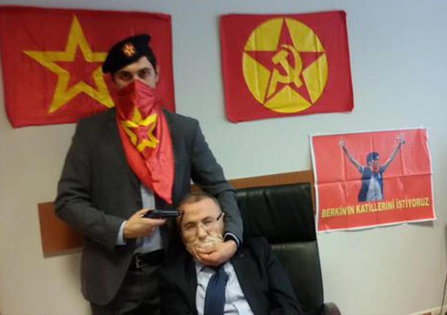 Turecki prokurator zakładnikiem lewicowej bojówki