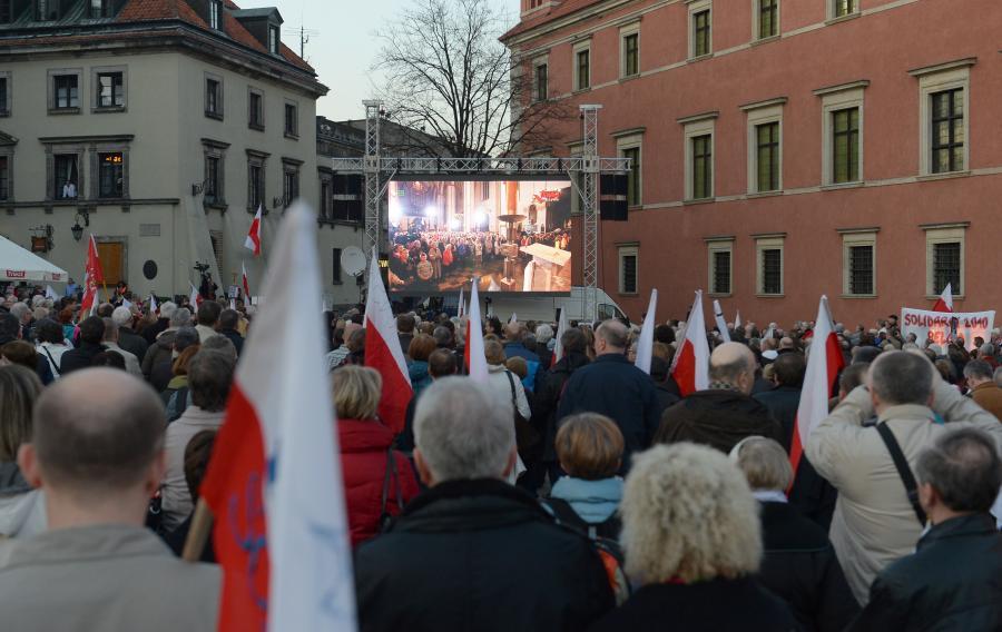 Wierni w Warszawie