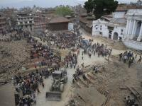 Już ponad 1000 ofiar trzęsienia ziemi w Nepalu