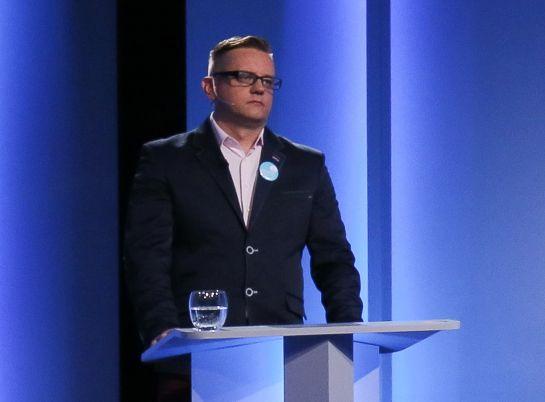 Paweł Tanajno w czasie debaty prezydenckiej w TVP