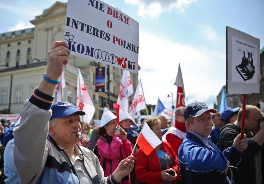 Manifestacja pracowników Wytwórni Sprzętu Komunikacyjnego PZL-Świdnik pod hasłem \