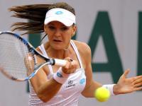 Biała sukienka i czarna rozpacz. Klęska Radwańskiej na Roland Garros. ZDJĘCIA