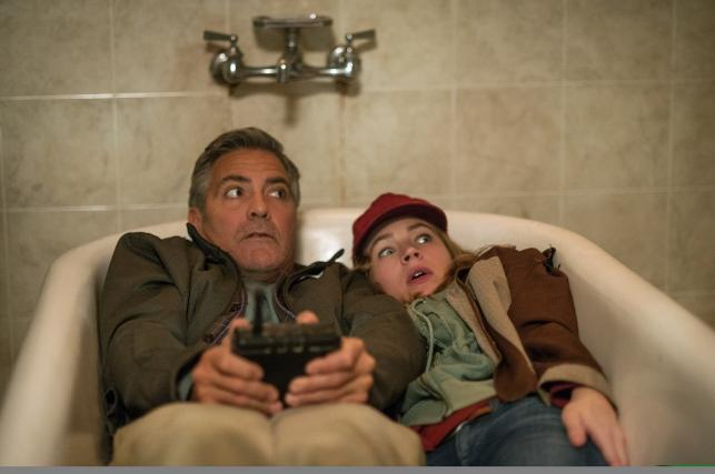 "George Clooney i Pierce Gagnon w filmie ""Kraina jutra"""