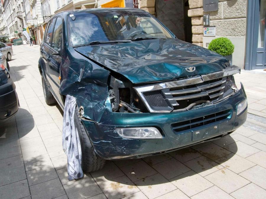 Graz: Auto, którym szaleniec wjechał w tłum ludzi