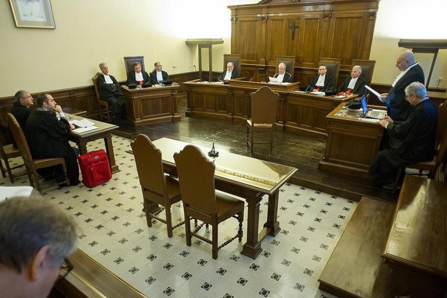 Puste krzesło na procesie byłego arcybiskupa Józefa Wesołowskiego