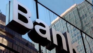 Nowy podatek Tuska zabije małe banki