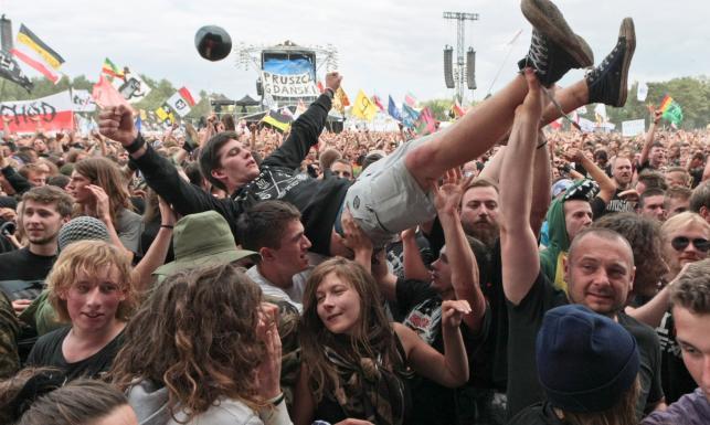 Miłość, muzyka i dopalacze. Przystanek Woodstock po raz 21. [ZDJĘCIA]