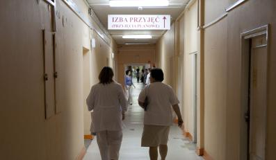 Rząd PiS dał pielęgniarkom, PO zabierze