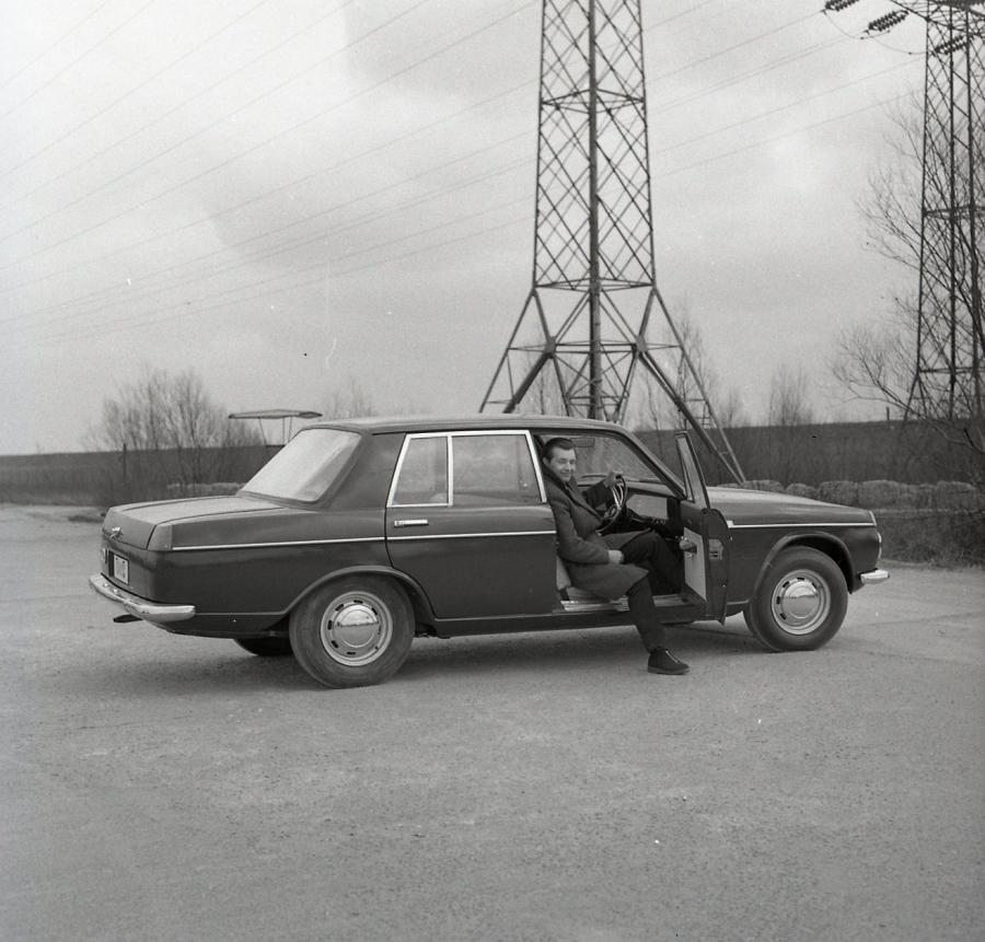 Warszawa 210