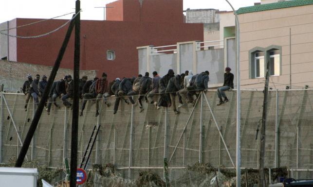 A mury rosną, rosną... Nie tylko Węgry odgradzają się od sąsiadów [ZDJĘCIA]