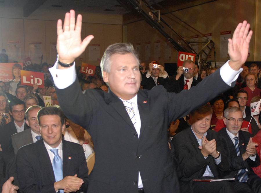 Kwaśniewski znów chce przewodzić lewicy