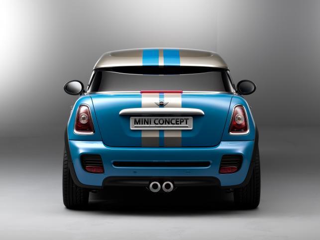 Zaś od asfaltu po czubek jest 136 cm. Premiera Mini Coupe Concept odbędzie się na salonie samochodowym we Frankfurcie w połowie września