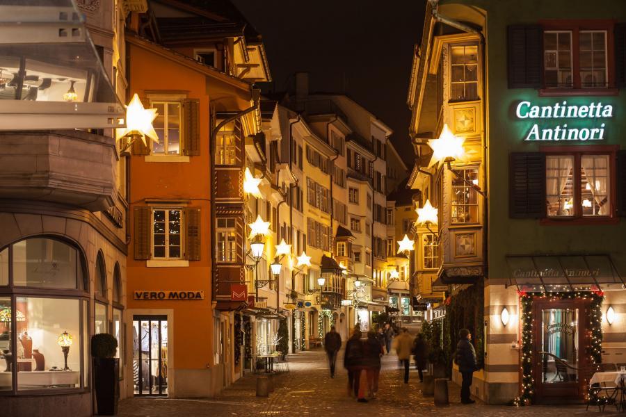 Bożonarodzeniowe dekoracje w Zurychu