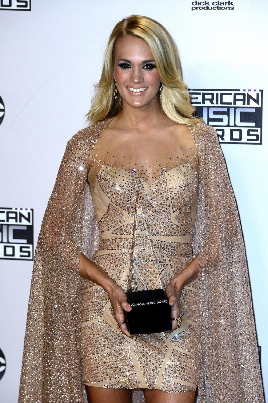 Najgorętsze gwiazdy AMA 2015: Carrie Underwood
