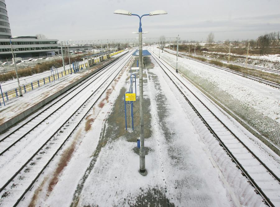 Mróz sparaliżował pociągi w Warszawie
