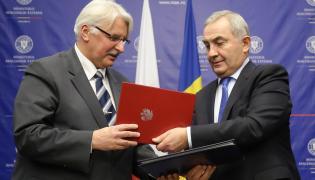 Minister spraw zagranicznych RP Witold Waszczykowski i minister spraw zagranicznych Rumunii Lazar Comanescu