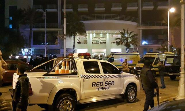Terroryści ISIS ostrzelali turystów w Hurghadzie. Są ranni [ZDJĘCIA]