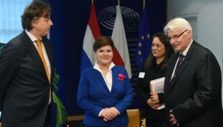 Beata Szydło i Witold Waszczykowski na spotkaniu z ministrem spraw zagranicznych Holandii Bertem Koendersem