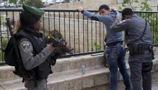 Kontrola palestyńskiego cywila w Jerozolimie