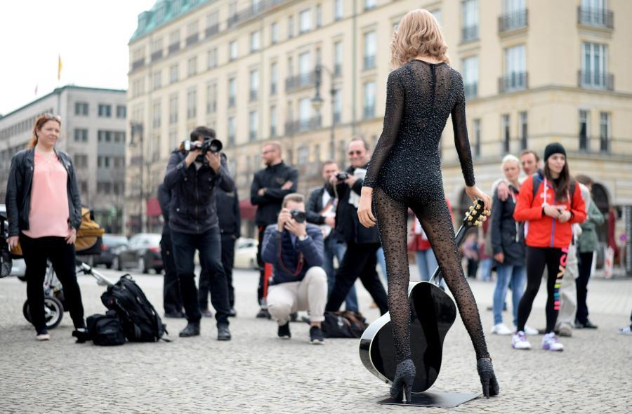 Woskowa Taylor Swift zgrabna jak orygibnał?