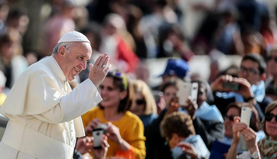 Papież spotka się z uchodźcami