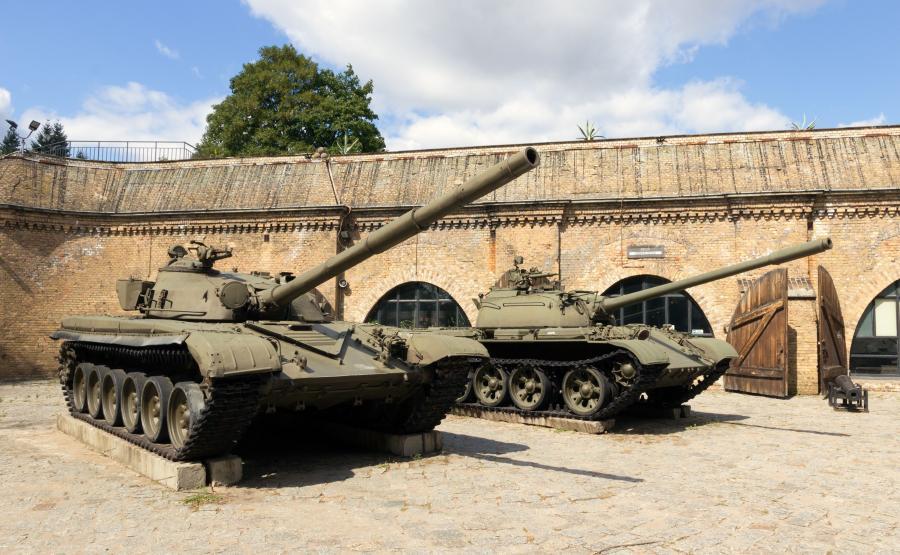 Czołg T-72 i T-55