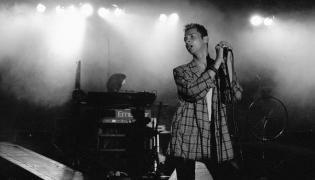 Depeche Mode w 1985 roku na scenie warszawskiego Torwaru