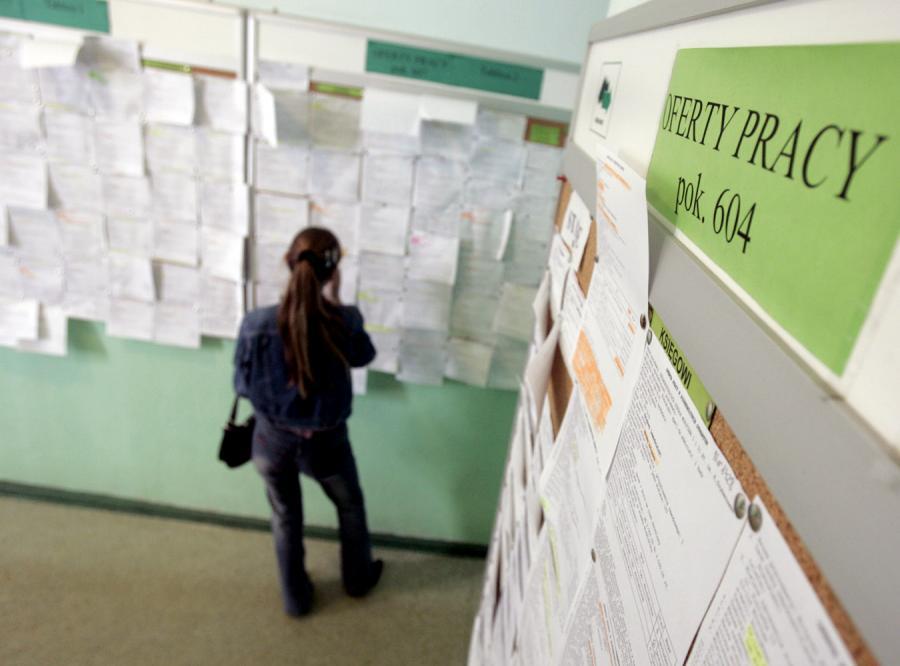 Ponad 400 tysięcy Polaków straci pracę