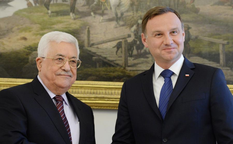 Prezydent RP Andrzej Duda (P) i prezydent Autonomii Palestyńskiej Mahmoud Abbas (L)