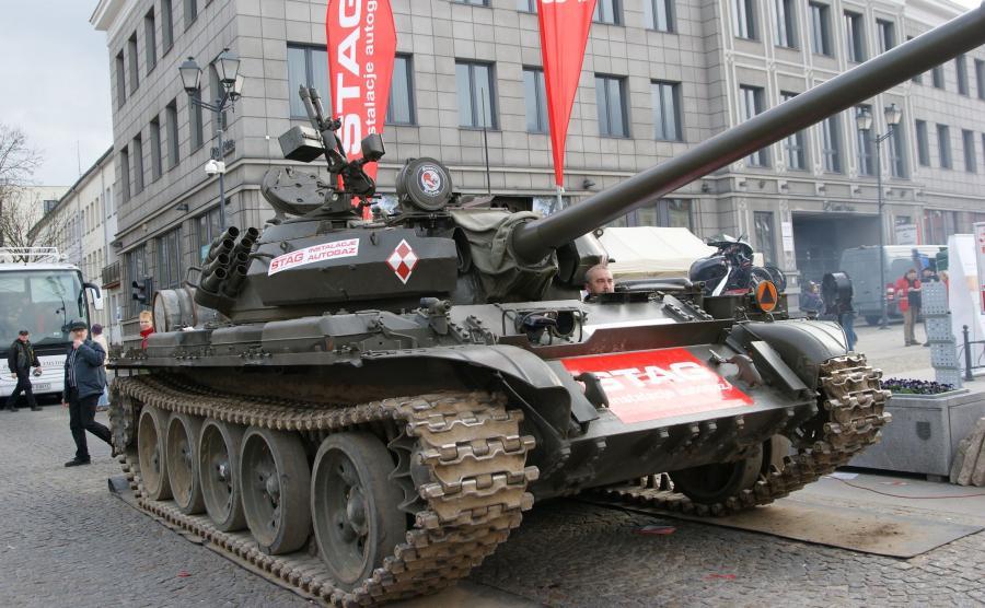 Czołg T-55 MERIDA z instalację gazową do silnika Diesla